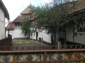 Casa de vânzare 8 camere, în Solovastru