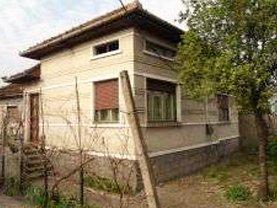 Casa 4 camere în Santuhalm