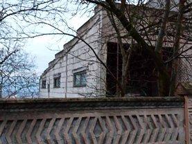 Casa de vânzare 7 camere, în Deva, zona Aurel Vlaicu
