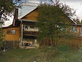 Casa de vânzare 3 camere, în Campulung Moldovenesc