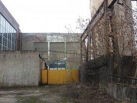 Birou în Baia Mare, Est