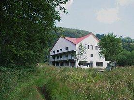 Hotel/pensiune în Teregova