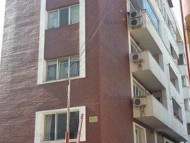 Penthouse de vânzare 4 camere, în Bucureşti, zona Vitan Mall