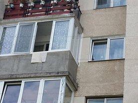 Apartament de vânzare 3 camere, în Băile Tuşnad, zona Central