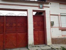 Casa de vânzare 4 camere, în Poiana Sibiului