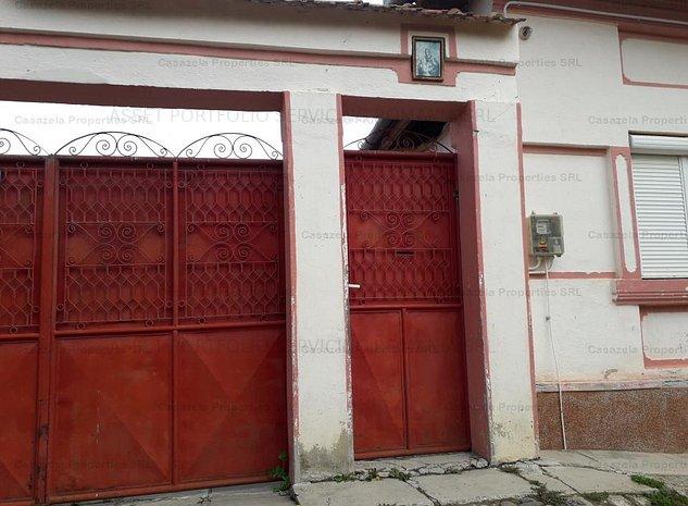 casa si teren in Poiana Sibiului - imaginea 1