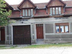 Casa de vânzare 4 camere, în Rusca