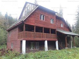 Casa de vânzare 12 camere, în Lunca Bradului