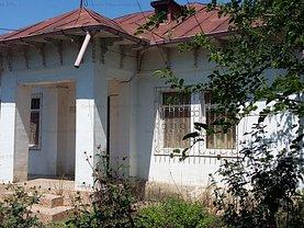 Casa de vânzare 5 camere, în Mânăstirea