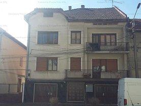 Casa 8 camere în Lugoj, Central