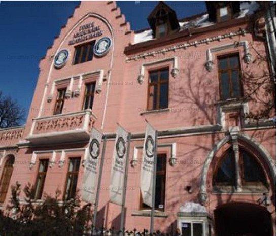 Vila D+P+Mez+1E+M, locatie ultracentrala, Lascar Catargiu - imaginea 1