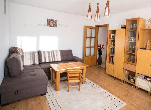 Constanta - Intim - Salvare - apartament 3 camere - imaginea 1