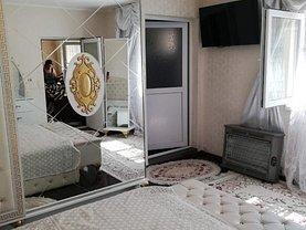 Casa de vânzare 2 camere, în Constanţa, zona Trocadero