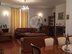 Casa de vânzare 9 camere, în Bucuresti, zona 1 Mai