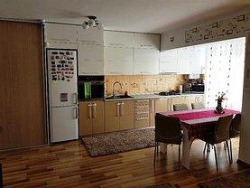 Apartament de vânzare 3 camere în Floresti, Central