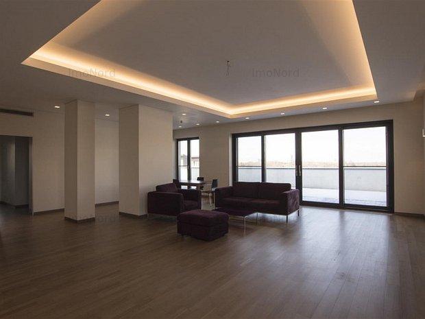 Penthouse cu priveliste spectaculoasa in Primaverii - imaginea 1