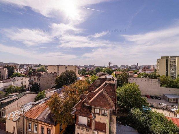 Vanzare penthouse cu vedere spectaculoasa - imaginea 1