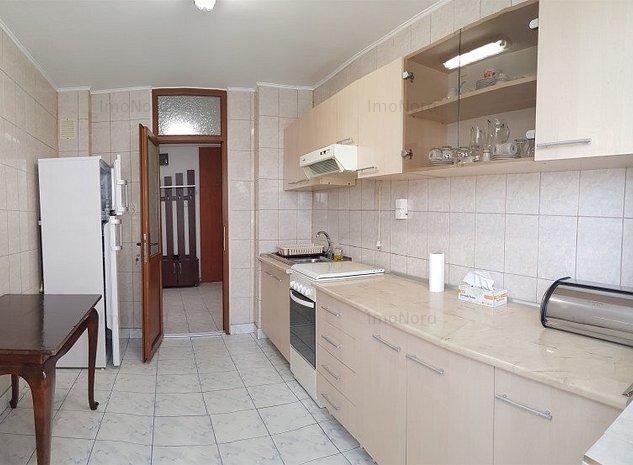 Apartament 4 camere Podul Grant Piata Crangasi - imaginea 1