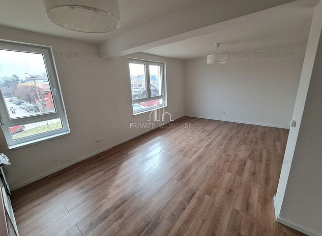 Apartamente 2 Camere, Bloc Nou, Zona Semicentrala - imaginea 1