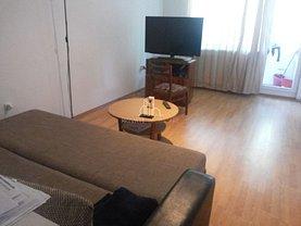 Apartament de închiriat 4 camere, în Târgu Mureş, zona 7 Noiembrie