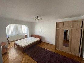 Apartament de închiriat 3 camere, în Târgu Mureş, zona 7 Noiembrie