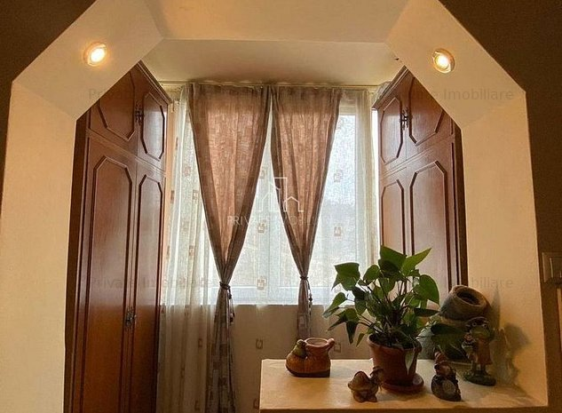 Apartament 2 camere, Zona Dambu, Parcare acoperita - imaginea 1