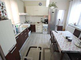 Casa de vânzare 5 camere, în Sângeorgiu de Mureş