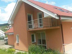 Casa de închiriat 4 camere, în Livezeni