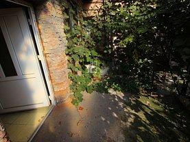 Casa de vânzare o cameră, în Târgu Mureş, zona Dâmbu Pietros