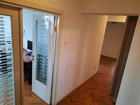 Apartament de închiriat 5 camere, în Timişoara, zona Central
