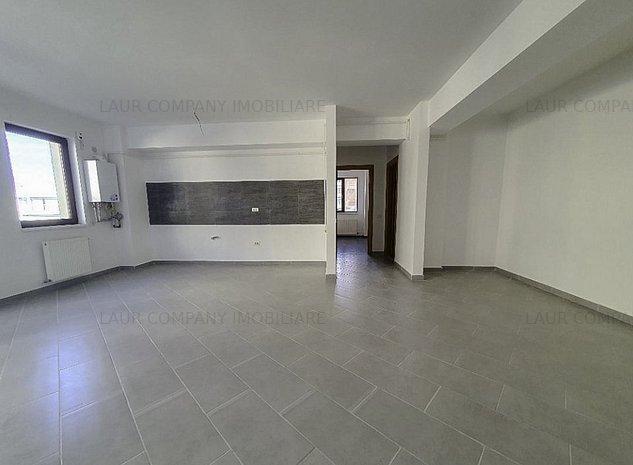 Apartament 3 camere Platou Gavana - imaginea 1