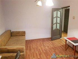 Apartament de închiriat 4 camere, în Bacău, zona Central