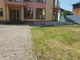 Casa de închiriat 4 camere, în Bacău, zona Central