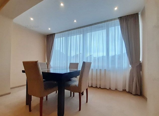 Apartament 3 Camere Central - Priveliste Deosebita - imaginea 1