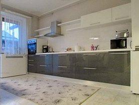 Apartament de închiriat 4 camere, în Braşov, zona Aurel Vlaicu