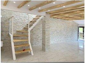 Penthouse de vânzare 4 camere, în Săcele, zona Bunloc