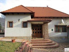 Casa de închiriat 3 camere, în Codlea, zona Central