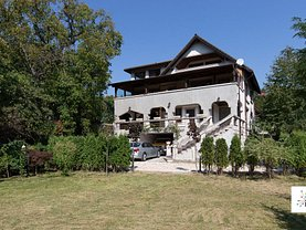 Casa de vânzare 8 camere, în Braşov, zona Drumul Poienii