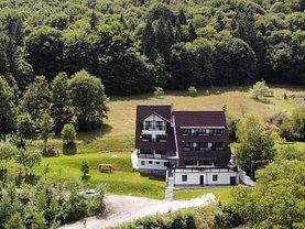 Casa de vânzare 15 camere, în Bran