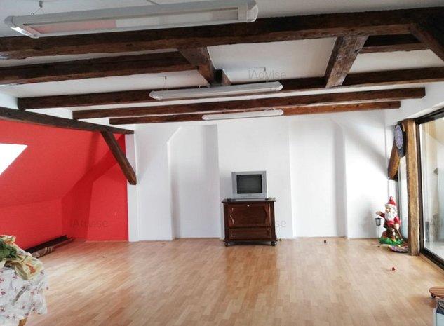 Casa de inchiriat  pretabila pentru birouri sau locuinta - imaginea 1