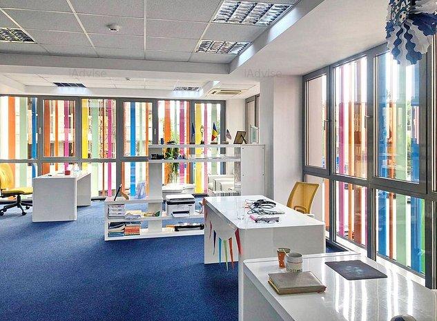 Spatiu  de birouri in cladire reprezentativa - Centrul Civic - imaginea 1