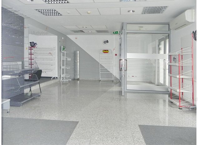 Spatiu comercial deosebit ultracentral Ghimbav - imaginea 1