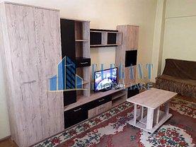 Apartament de închiriat 3 camere în Craiova, Central