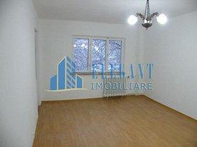 Apartament de vânzare 2 camere în Craiova, Sarari