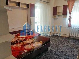 Apartament de închiriat 3 camere, în Craiova, zona Ultracentral