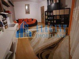 Apartament de vânzare 3 camere, în Craiova, zona Central