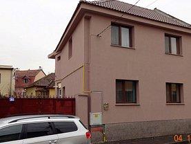 Casa de închiriat 5 camere, în Oradea, zona Central