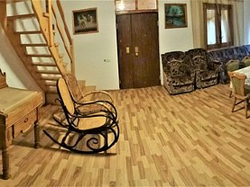 Casa de vânzare 6 camere, în Paleu