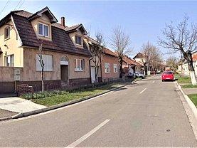 Casa de vânzare 8 camere, în Oradea, zona Cantemir