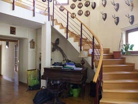 Casa de vânzare 6 camere, în Gruiu